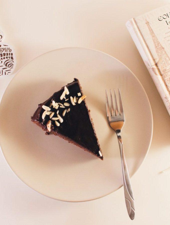 Tortë me çokollatë dhe miell bajamesh – Mbretëresha e Shebës