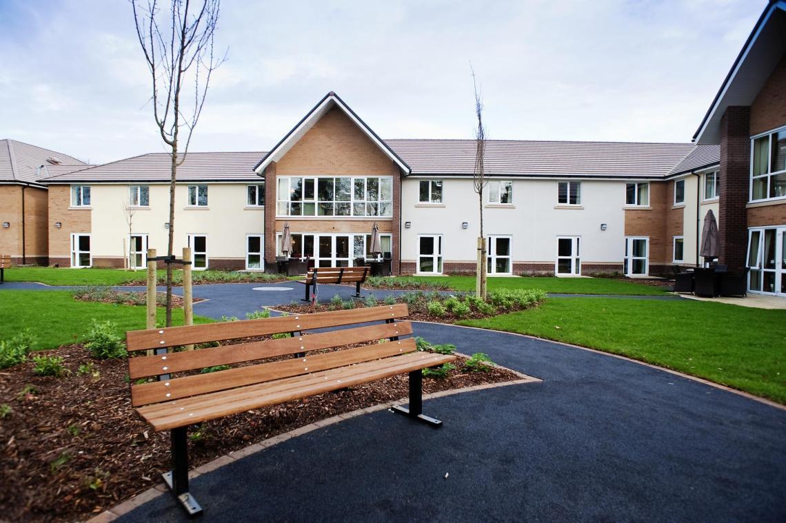 Care Home Training Courses - Training for UK Care Homes & Nursing Homes - The Mandatory Training Group UK -