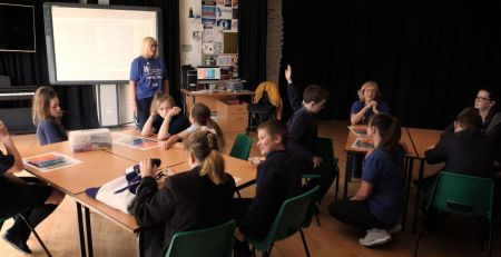 Children given resilience classes to help protect mental health - MTG UK -