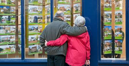 Health of older people suffering in poor housing, MPs warn - The Mandatory Training Group UK -