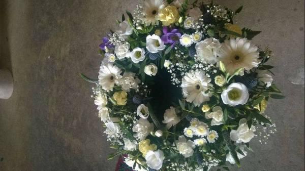 Loose Funeral Wreath