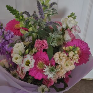 Monthly Hand-Tied Flowers