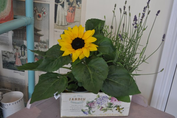 Jardin Sunflower Planter