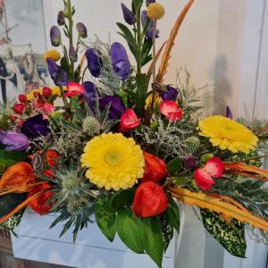 Autumnal box arrangement