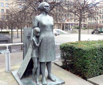 Edinburgh mother and child