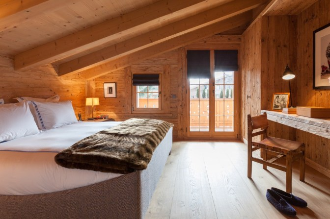 Gstaad chalet-spectre-13