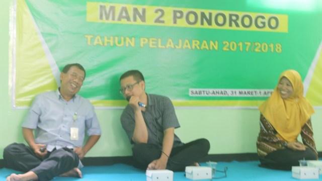 Pondok UN Kelas XII BP dan P4S 2 MAN 2 Ponorogo