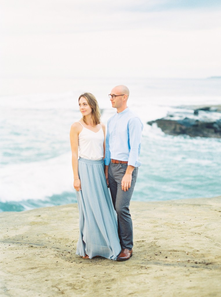 Sunset Cliffs Engagement Photos At The Arch