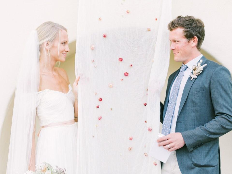 Couple Eloping Estancia La Jolla Wedding Venue In San Diego