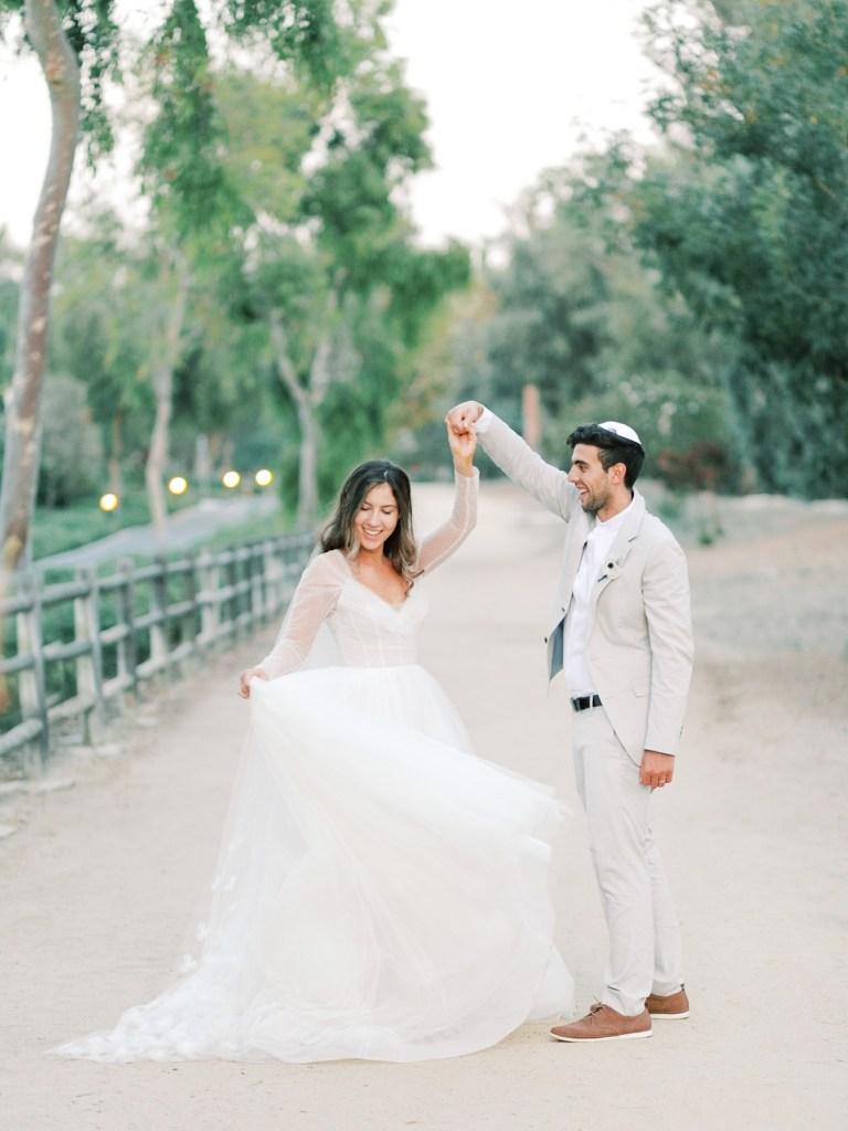 Dancing Bride and Groom Wedding Photos | Orange County Jewish Wedding | shot on film by Mandy Ford Photography