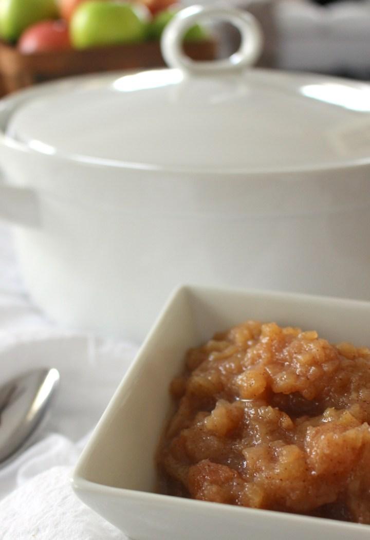 Easy Baked Applesauce