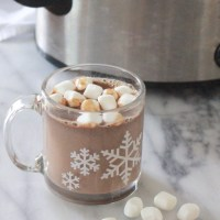 (Super Chocolatey) Slow Cooker Hot Chocolate