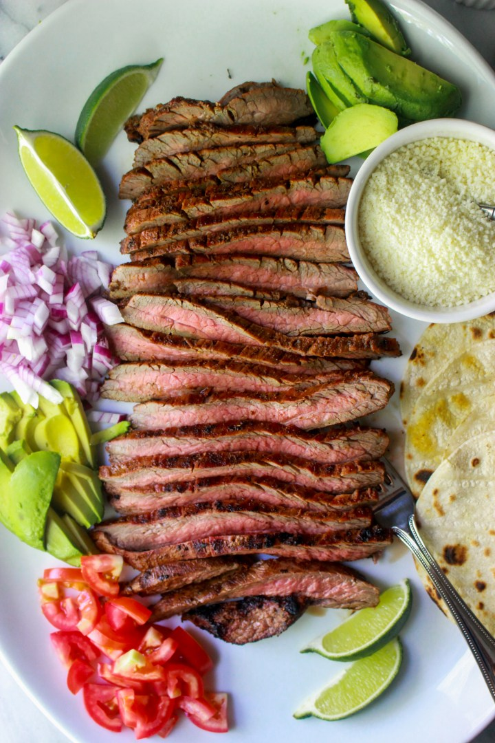 chili lime flank steak taco platter