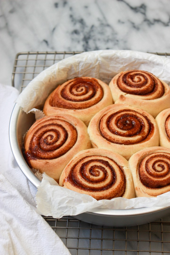 baked cinnamon rolls in pan