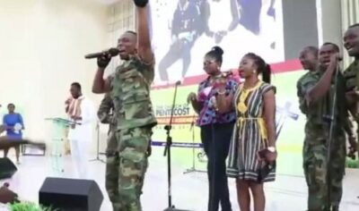 atsu vondee singing - Video Of Ebony's Bodyguard Singing In Church Will Make You Shed Tears