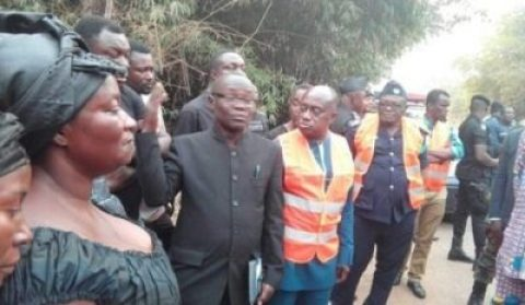 ebonys-mother Ebony's Mother Still In Shock, Visits Accident Scene Where Ebony Died (Photos)