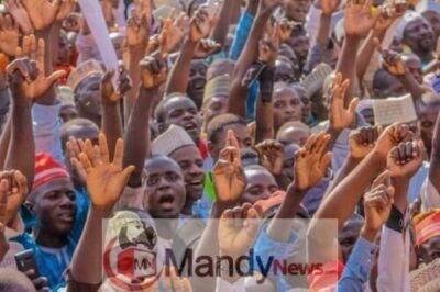 8673504 fbimg1549299026238 jpegf392ea7aca15ff0772e18612606829b5806279474 - Pictures From PDP Presidential Campaign Rally In Zamfara State