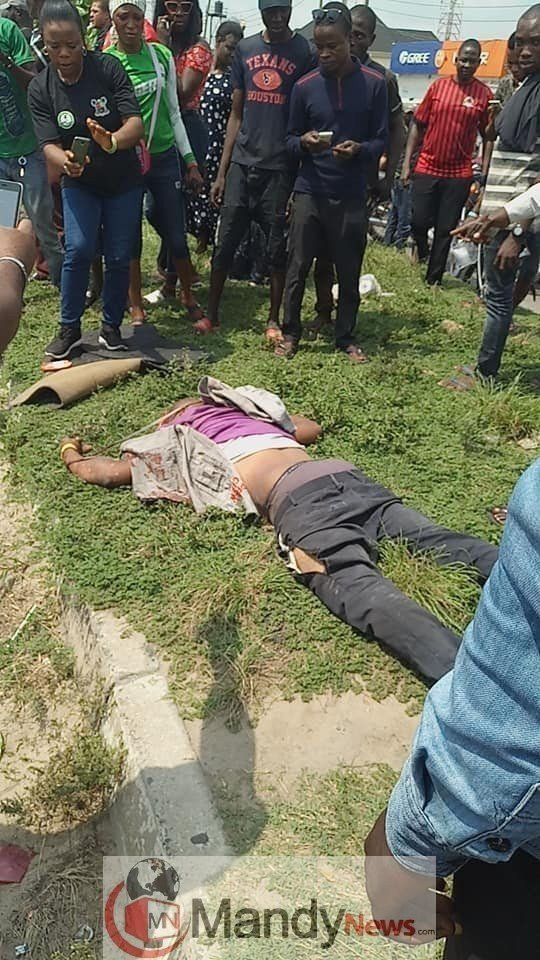 8673773 apc2 jpgeb549f4876fac83276d7623499171564336045171 1 - Many APC Members Killed By Accident During Campaign Rally In Lagos (Photos)