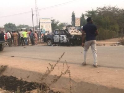 8721162 cla3 jpg9891dd990f8f7931a94bc7471f473ffb66414957 - Peter Obi Escapes Death As APC And PDP Clash In Abuja Today (Photos)