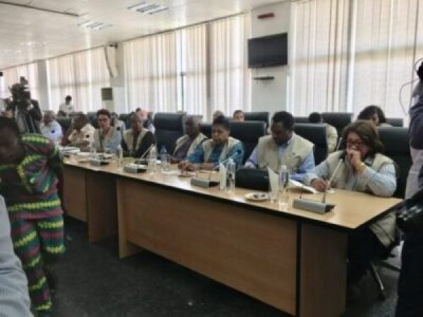8738605_com3_jpegfb8abe3e36156d4ff761e349aedb3dcc554262019 Commonwealth Election Observers Land In Nigeria, Meet INEC (Photos)