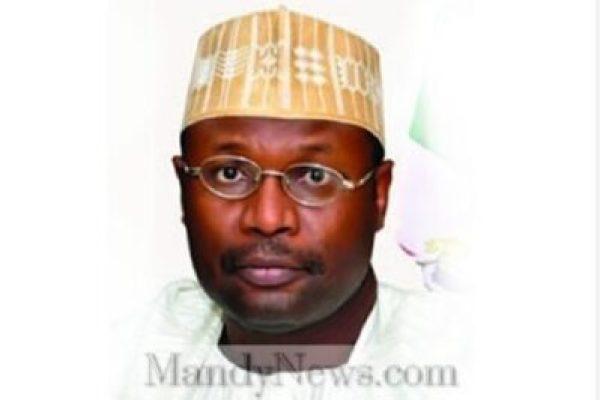 8780323_yakubu_jpeg465004996ce1cd6171dfcd0e74b1f223746370989 Election Postponement: Should INEC Chairman, Professor Manhood Yakubu Resign?