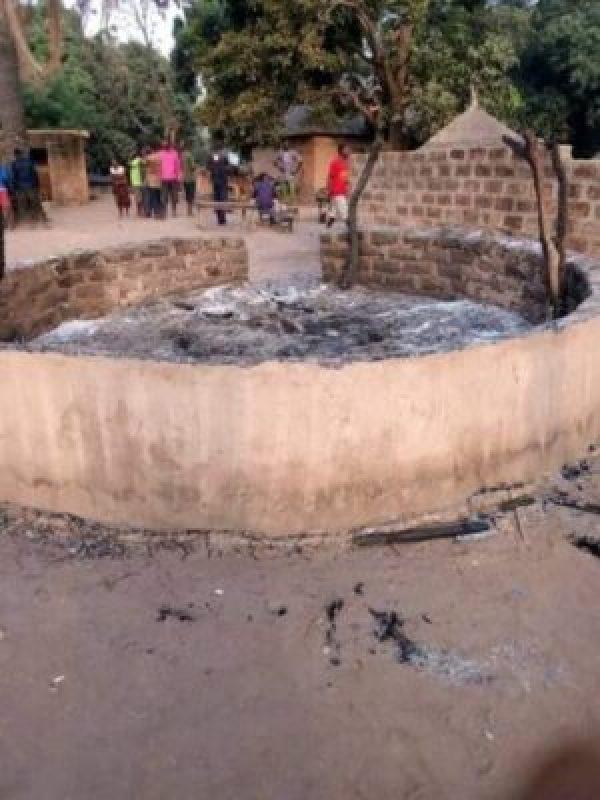 8829477_fbimg1550768692837_jpeg74cd70c9a663f96787697ec2b28feb30 Fulani Herdsmen Attack A Market In Guma, Benue, Kill 2 (Photos)