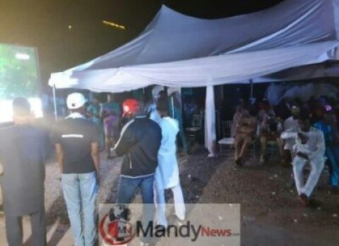 8873566_20190227004726_jpeg6933248875e9869469b107ae7b0556ac APC Supporters Party Hard At Their Presidential Campaign Office In Abuja (Video)