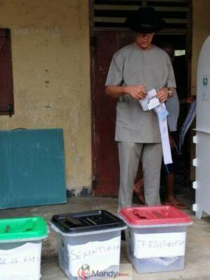 D0FlVTnWwAAiA8G 767x1024 - Senator Ben Murray-Bruce Casts His Vote (Photos)