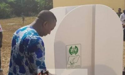 Sowore Votes 1 0 - Omoyele Sowore Casts His Votes (Photo)