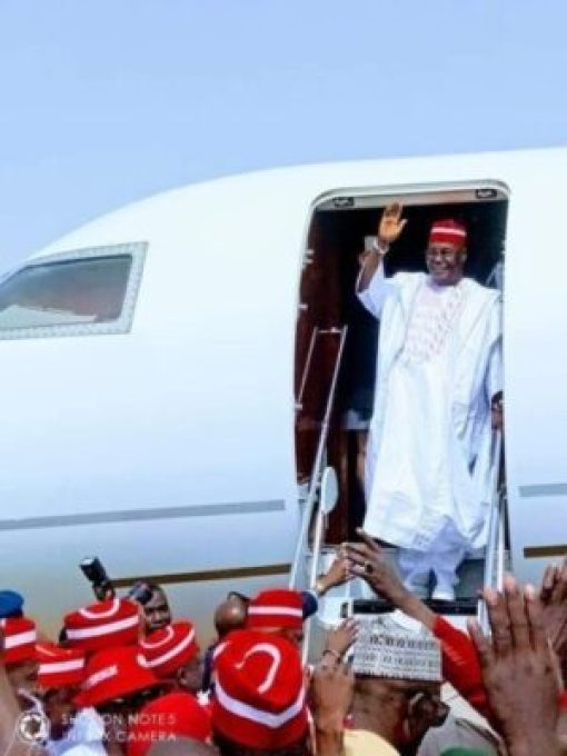 dzcbtswwsaa3khs1585651281 Atiku Arrives In Kano For Campaign Rally (photos)