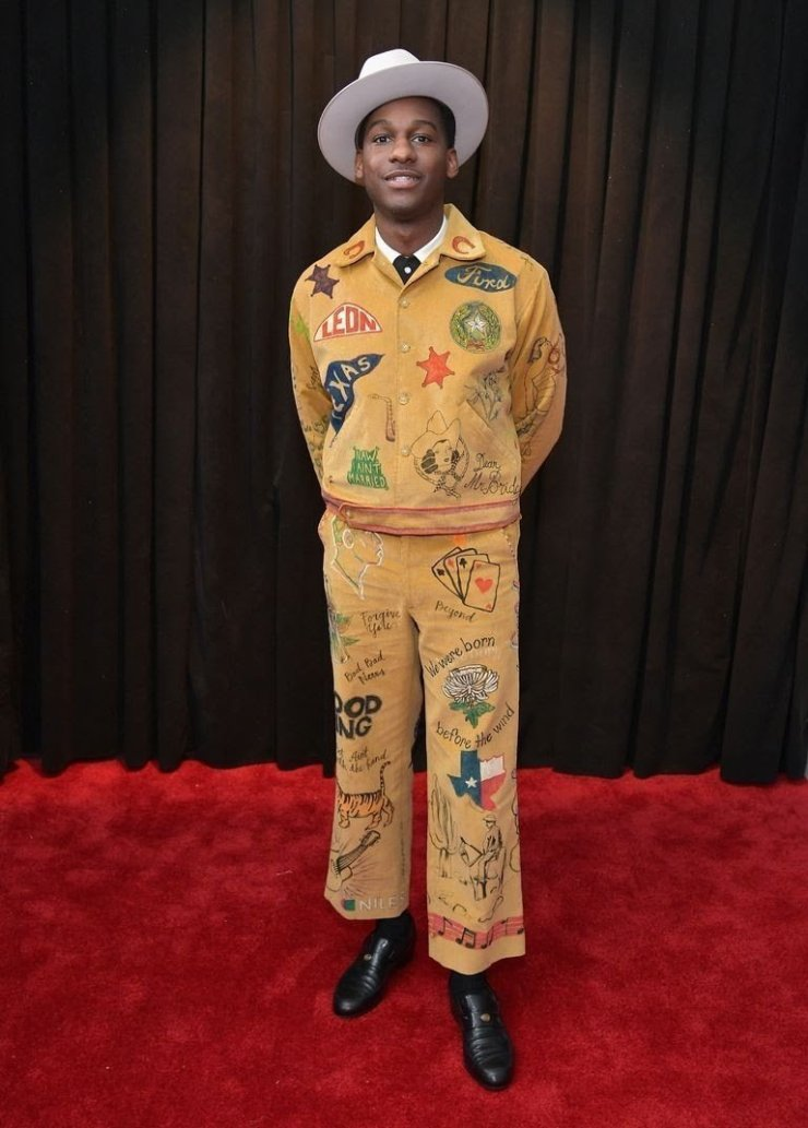 leon-bridges-attends-the-61st-annual-grammy-awards-at-news-photo-1097502230-15498411781810255344 All Grammys 2019 Red Carpet Celebrity Dresses & Looks (Photos)
