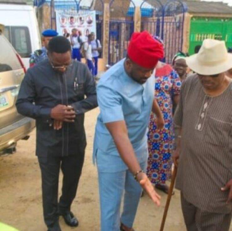 screenshot2019-02-21-18_02_44 Desmond Elliot Commissions Public Toilet In Lagos (Photos)