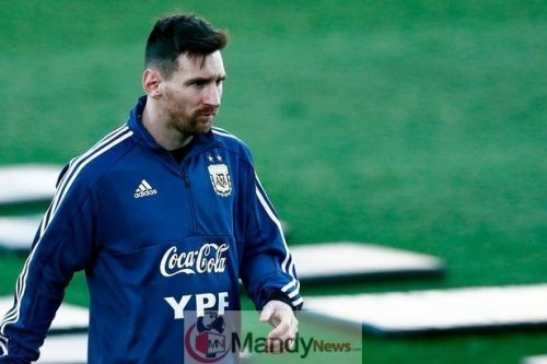0_FBL-ARGENTINA-TRAINING Messi Leaves Argentina Team After 3-1 Defeat To Venezuela