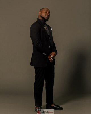 53435653 838286899844041 7932324732727485331 n - Davido Looking Soft And Fresh In New Photos