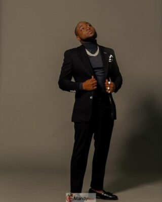 54426138 967706066767707 1474362446756008946 n - Davido Looking Soft And Fresh In New Photos
