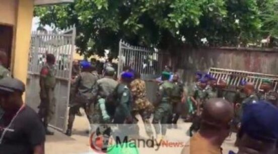 8955746_screenshot20190310at1_42_58pm_jpeg3955bf79a180479b387d1c6336e6c5fb Police Officers And Soldiers Clash At INEC Office In Rivers (Photos,Video)