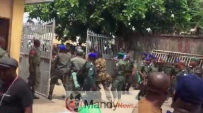 8955746 screenshot20190310at1 42 58pm jpeg3955bf79a180479b387d1c6336e6c5fb - Police Officers And Soldiers Clash At INEC Office In Rivers (Photos,Video)