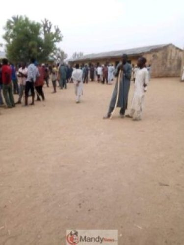 D2U__ikX4AEUfYe Kano Elections: People On The Run As Thugs Disrupt Polls (Photos,Video)