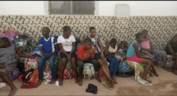 D2sm0quWkAAtqHV Over 150 Children Stranded As FCDA Demolished Orphanage Home In Abuja (Video)
