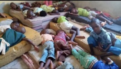 D2sm0qwXQAA5sfi - Over 150 Children Stranded As FCDA Demolished Orphanage Home In Abuja (Video)