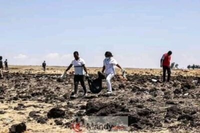 FB IMG 15522573645510183 - Crash site Of Ethiopian Airlines That Killed 157 People (Photos)
