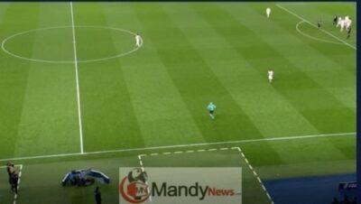 Man Utd penalty VAR PSG Champions League Rashford 1769761 - Man Utd Penalty: The Stunning Pictures That PROVE VAR Was Correct