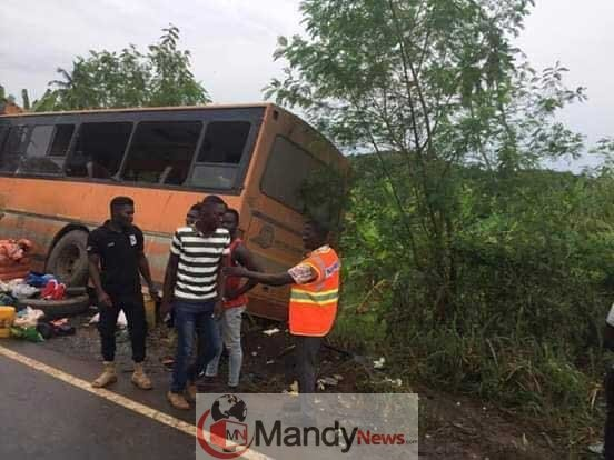 Metro Mass bus crashes Neoplan bus 4 - One other Accident: eight Lifeless In Ghana Bus Accident (Images)