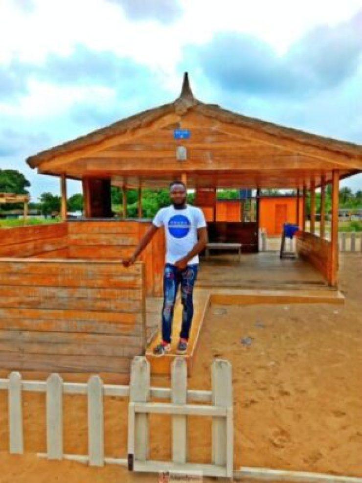 1555017368357-768x1024 Collins WeGlobe: My Visit To Tarkwa Bay Beach In Lagos, Nigeria (Photos)