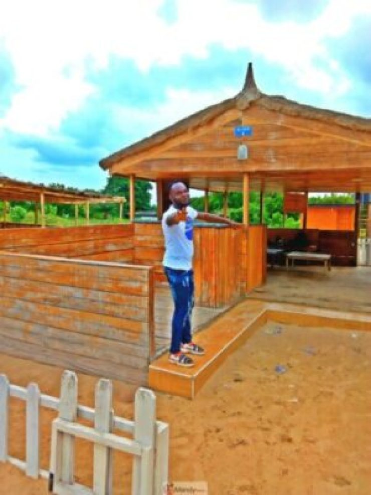 1555017544210-768x1024 Collins WeGlobe: My Visit To Tarkwa Bay Beach In Lagos, Nigeria (Photos)