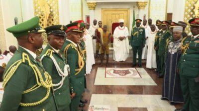57333496 10161697840530374 4839834440672739328 o 1024x576 - Chief Of Army Staff, Lt Gen Tukur Buratai Visits Oba Of Benin (Photos)