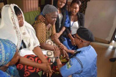 9103103 screenshot20190402122441 jpeg6d522303ad98a1962c9fd2cbc54ae7d0 - Lagos Commissioner Of Police, Muazu Visits Kolade Johnson Household (Photographs)