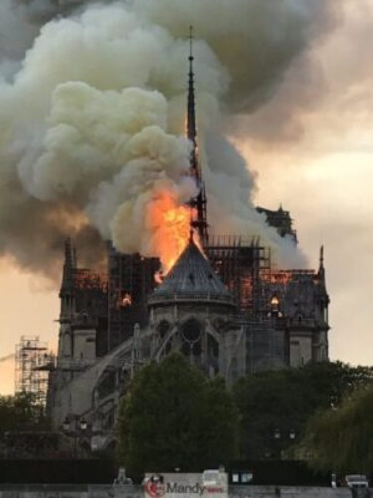 D4Nr2YBXsAEJ75V-768x1024 Fire Breaks Out At Notre-Dame Cathedral In Paris (Photos)