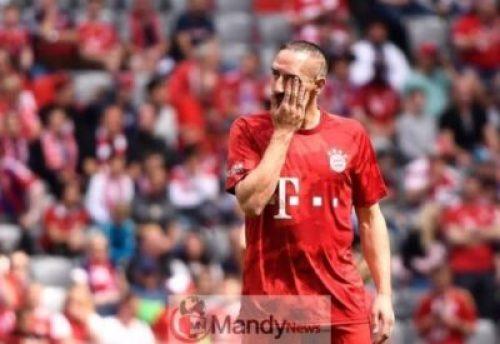0_FC-Bayern-Munich-vs-Eintracht-Frankfurt-Germany-18-May-2019-1 Final Game In Bayern Munich: Franck Ribery And Arjen Robben Break Down In Tears