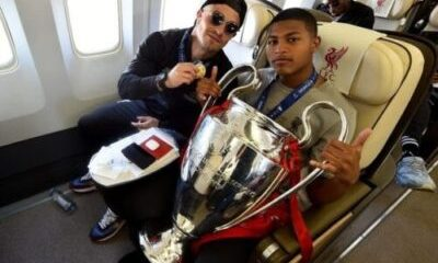 0_Liverpool-Players-Fly-Home-After-Winning-UEFA-Champions-League-6